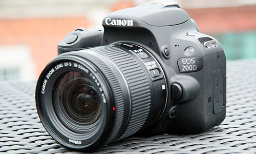 دوربین کانن Canon EOS 200D 18-55mm lens kit